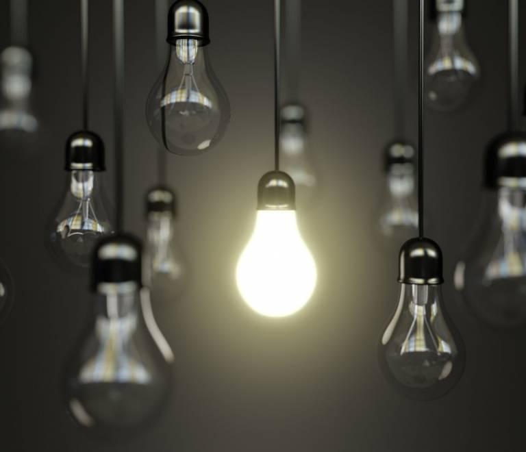 Oferta de Empleo Asesor Comercial Iluminación