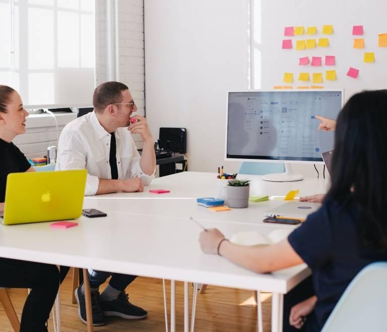 Oferta de Empleo Diseñador/a Gráfico